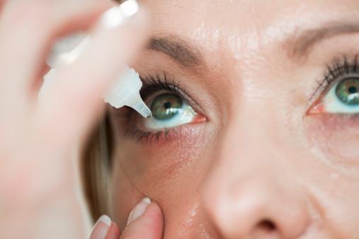 Migliori integratori per la cura dell'occhio secco